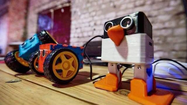 robot-penguin