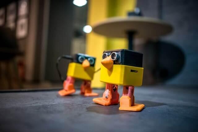 robo-chicks
